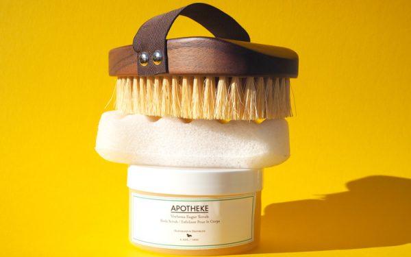 Peeling, Konjac Spange oder Body Brush auf ohhhsorelaxed.com