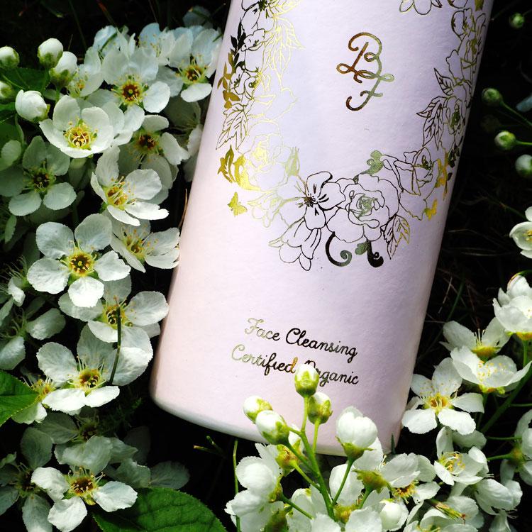 Belle & Fleurelle Organic Face Cleansing. Ohhhsorelaxed.com