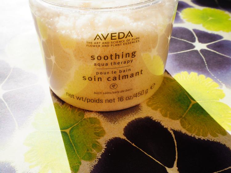 Aveda Aqua Therapy Soothing Bath Salts . Verenas liebste Badezusätze. Ohhhsorelaxed.com