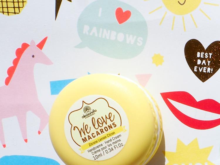 Happy Beauty Day. Gute Laune Kosmetik auf ohhhsorelaxed.com: Alessandro We love Macarons Hand Cream.