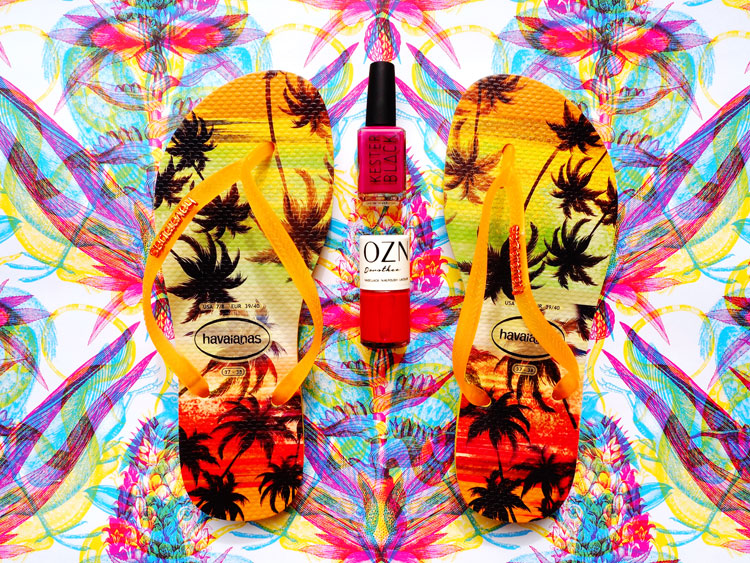 Ohhhsorelaxed.com: Zehen-Freiluft-Saison. Havaianas Slim Paisage. Nail Polish: OZN Dorothee, Kester Black Raspberry.